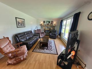 Photo 7: 37 William Street in Salmon River: 104-Truro/Bible Hill/Brookfield Residential for sale (Northern Region)  : MLS®# 202123565