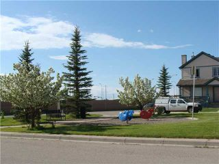 Photo 20: 7 MARTHA'S HAVEN Heath NE in CALGARY: Martindale Residential Detached Single Family for sale (Calgary)  : MLS®# C3619435