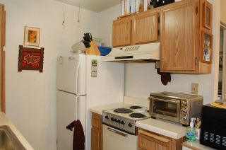Photo 5: EAST SAN DIEGO Condo for sale : 1 bedrooms : 6650 Amherst St #4C in San Diego