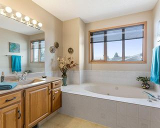 Photo 24: 75 SILVERSTONE Road NW in Calgary: Silver Springs Detached for sale : MLS®# C4287056