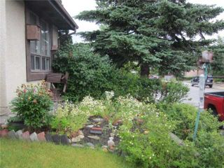 Photo 3: 15 PINECLIFF Close NE in CALGARY: Pineridge Residential Attached for sale (Calgary)  : MLS®# C3627637