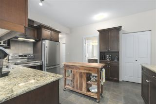 """Photo 11: 201 2488 WELCHER Avenue in Port Coquitlam: Central Pt Coquitlam Condo for sale in """"RIVERSIDE AT GATES PARK"""" : MLS®# R2364106"""