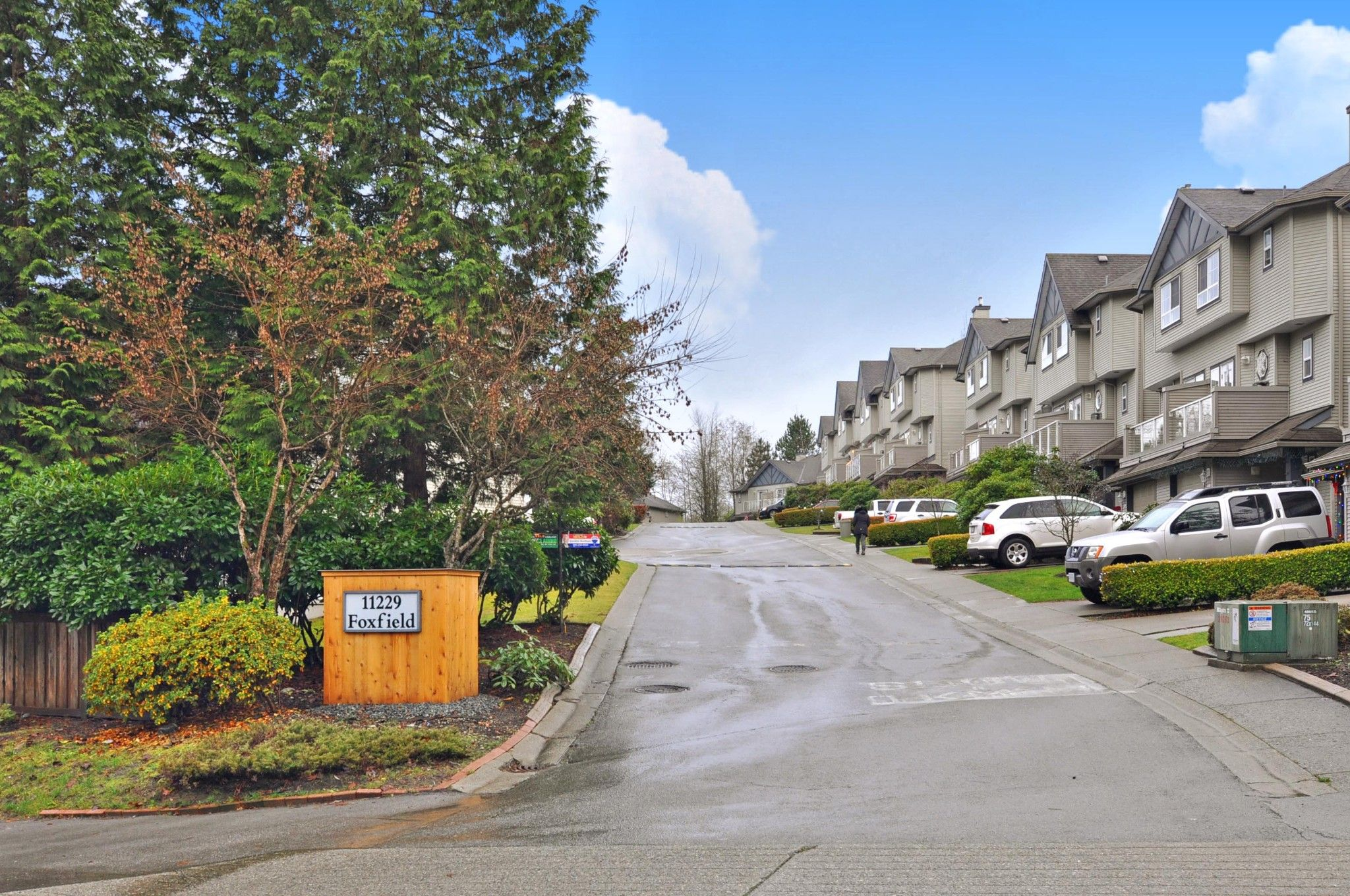 "Main Photo: 45 11229 232 Street in Maple Ridge: East Central Townhouse for sale in ""Foxfield"" : MLS®# R2523761"