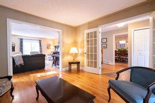 Photo 5: 38 Riverview Crescent in Bedford: 20-Bedford Residential for sale (Halifax-Dartmouth)  : MLS®# 202125879