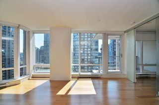 "Photo 10: 1601 565 SMITHE Street in Vancouver: Downtown VW Condo for sale in ""VITA"" (Vancouver West)  : MLS®# R2013406"