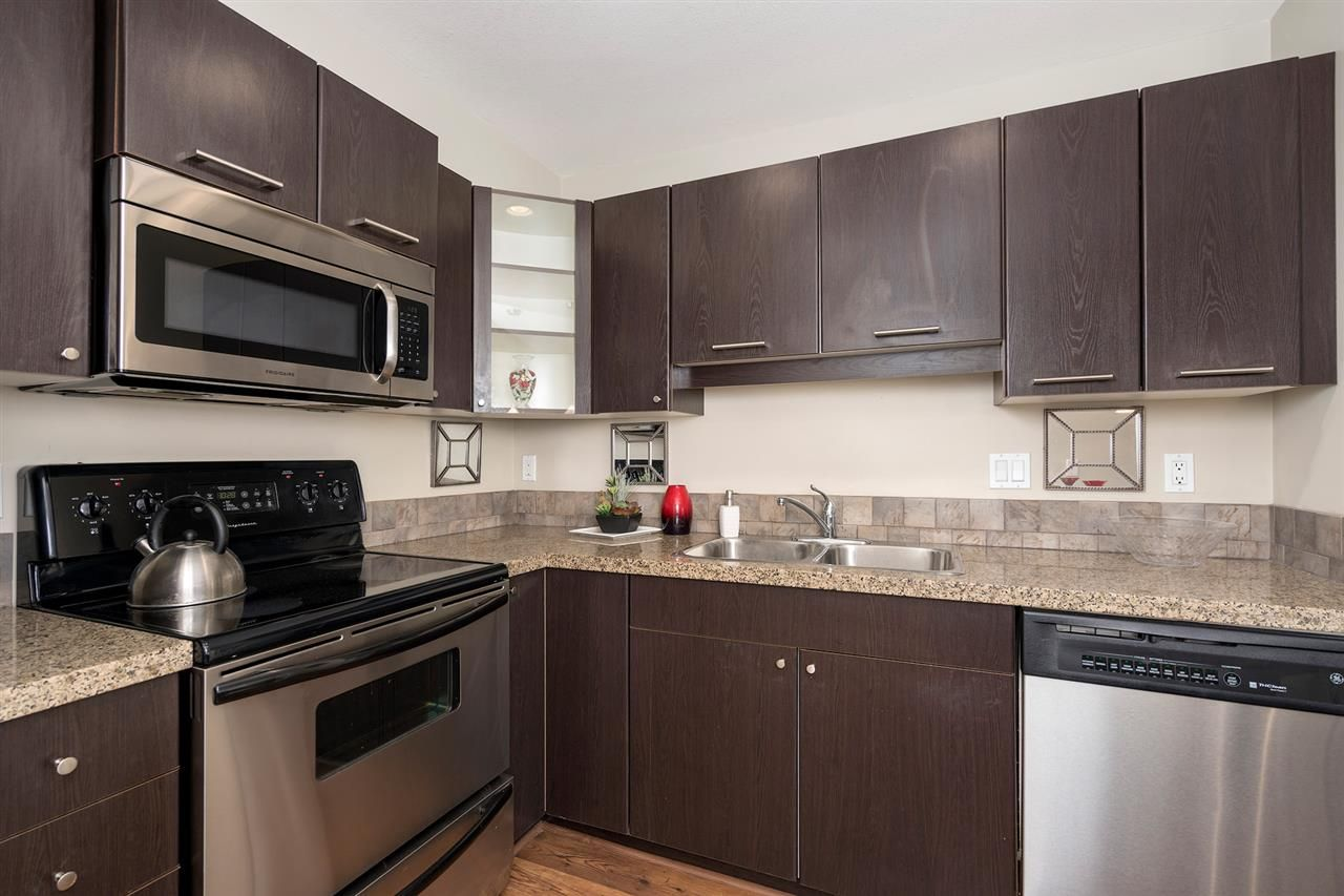 """Photo 7: Photos: 312 5438 198 Street in Langley: Langley City Condo for sale in """"CREEKSIDE ESTATES"""" : MLS®# R2394421"""