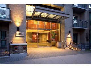 """Main Photo: 803 928 RICHARDS Street in Vancouver: Yaletown Condo for sale in """"THE SAVOY"""" (Vancouver West)  : MLS®# R2531499"""