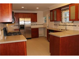 """Photo 2: 424 9TH Street in New Westminster: Uptown NW House for sale in """"UPTOWN"""" : MLS®# V1103402"""