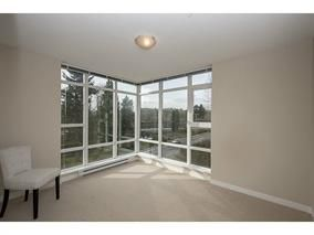 Photo 4: 555 Delestre Avenue in Coquitlam: Coquitlam West Condo for sale