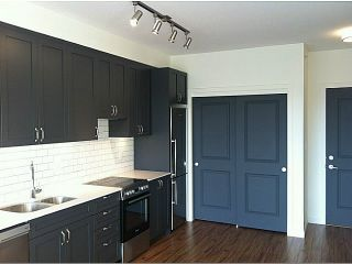 Photo 2: PH3 683 27TH Avenue in Vancouver: Fraser VE Condo for sale (Vancouver East)  : MLS®# V987373