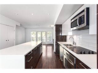 Photo 3: 5655 Chaffey Av in Burnaby South: Central Park BS Townhouse for sale : MLS®# V1063980