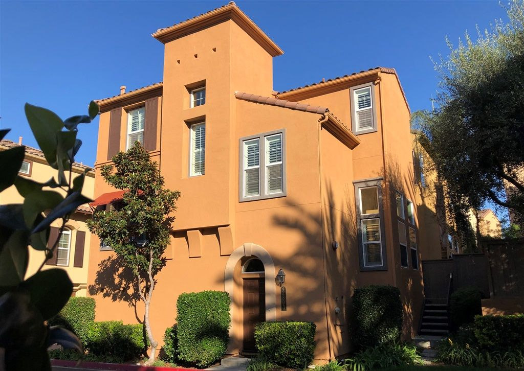 Main Photo: MISSION VALLEY House for rent : 3 bedrooms : 2803 Villas Way in San Diego