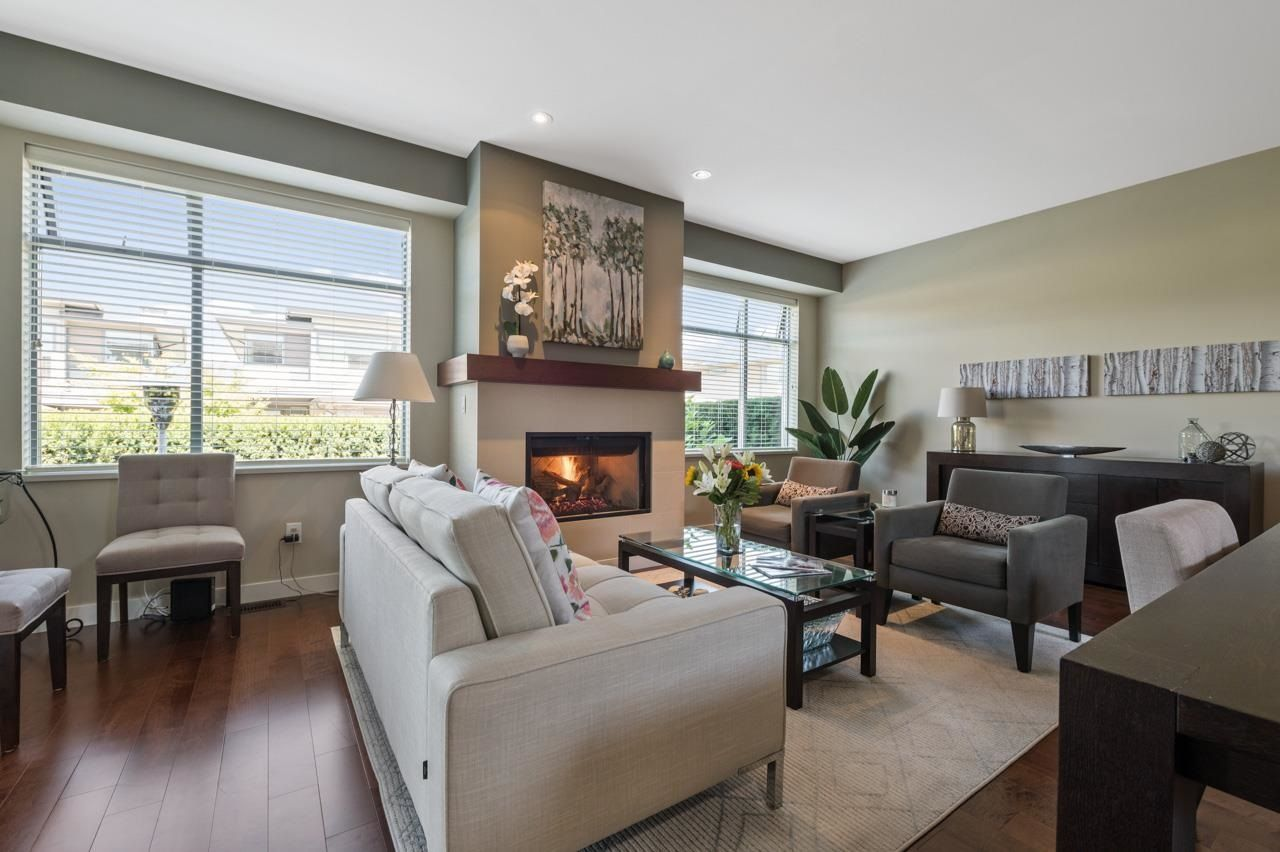 """Main Photo: 40 2603 162 Street in Surrey: Grandview Surrey Townhouse for sale in """"VINTERRA at Morgan Heights"""" (South Surrey White Rock)  : MLS®# R2604725"""