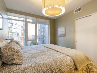 """Photo 12: 1507 1372 SEYMOUR Street in Vancouver: Downtown VW Condo for sale in """"The Mark"""" (Vancouver West)  : MLS®# R2402457"""