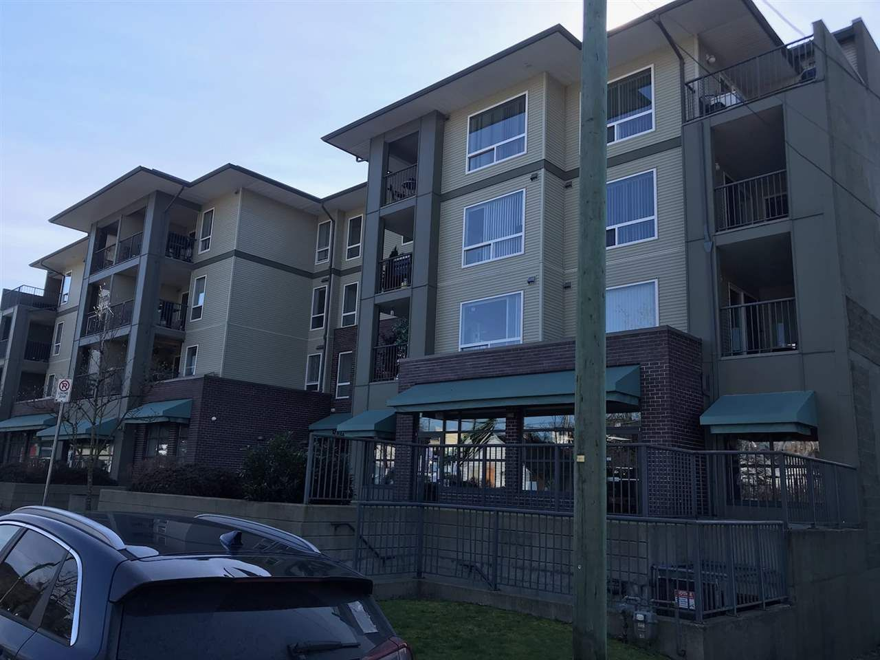 Main Photo: 22334 117 Avenue in Maple Ridge: West Central Multi-Family Commercial for sale : MLS®# C8037386