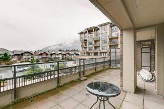 """Photo 14: 220 1211 VILLAGE GREEN Way in Squamish: Downtown SQ Condo for sale in """"Rockcliffe"""" : MLS®# R2043365"""