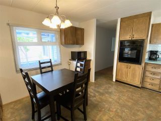"""Photo 6: 61 45640 WATSON Road in Chilliwack: Vedder S Watson-Promontory Manufactured Home for sale in """"Westwood Estates"""" (Sardis)  : MLS®# R2471393"""