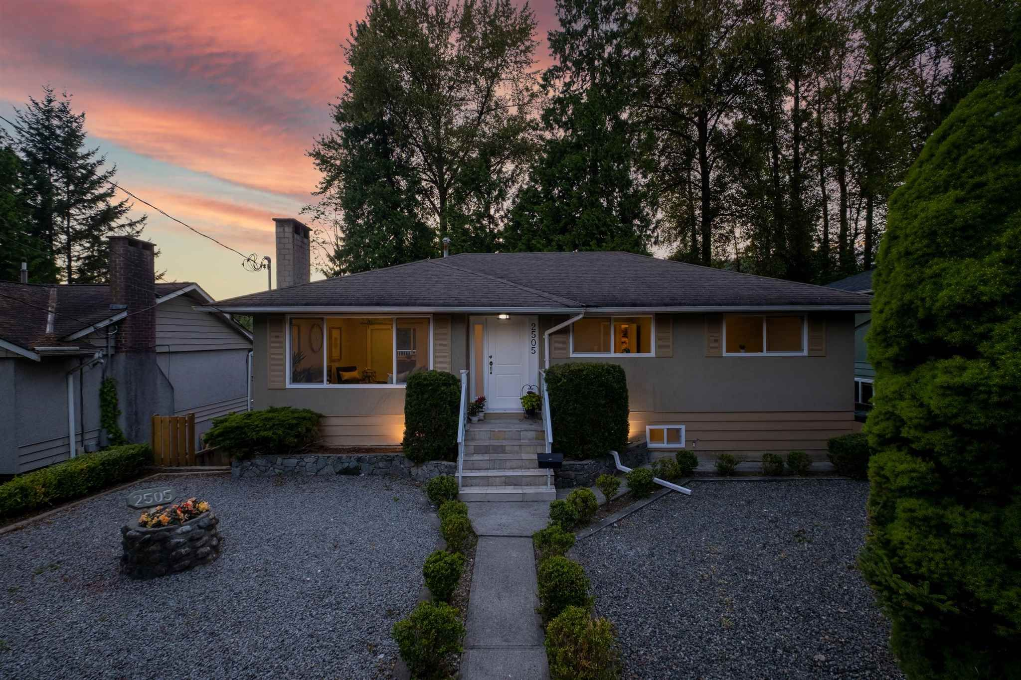 Main Photo: 2505 LARKIN Court in Burnaby: Oakdale House for sale (Burnaby North)  : MLS®# R2594488