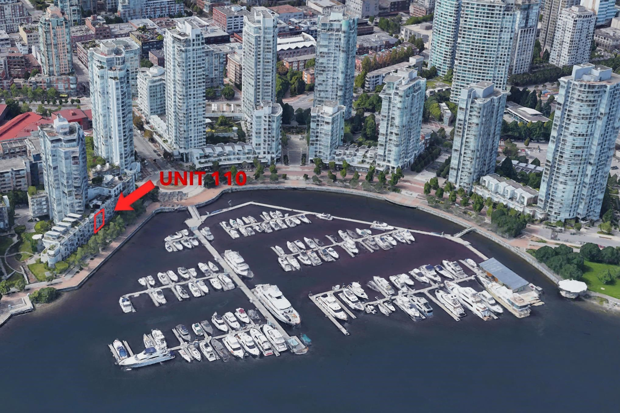"""Main Photo: 110 1228 MARINASIDE Crescent in Vancouver: Yaletown Townhouse for sale in """"Crestmark II"""" (Vancouver West)  : MLS®# R2564048"""