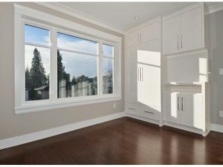 Photo 14: A 234 E 18TH Street in North Vancouver: Central Lonsdale 1/2 Duplex for sale : MLS®# V1069556
