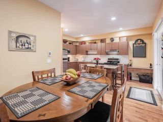 """Photo 9: 41 16789 60 Avenue in Surrey: Cloverdale BC Townhouse for sale in """"Laredo"""" (Cloverdale)  : MLS®# R2540205"""