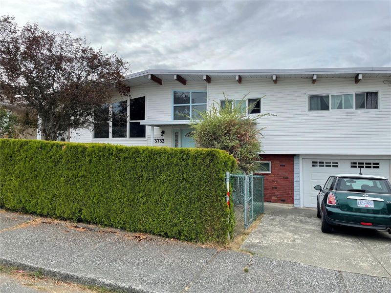 FEATURED LISTING: 3732 14th Ave