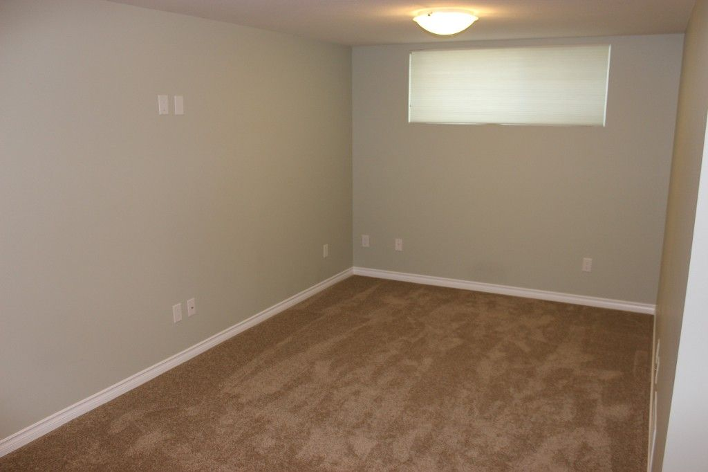 Photo 17: Photos: 1523 Robinson Crescent in Kamloops: South Kamloops House for sale : MLS®# 128448
