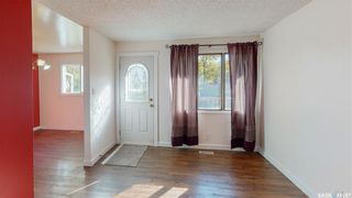 Photo 2: 2034 Queen Street in Regina: Cathedral RG Residential for sale : MLS®# SK871200