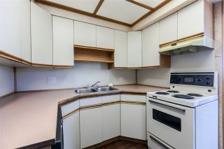 """Photo 10: 1101 31 ELLIOT Street in New Westminster: Downtown NW Condo for sale in """"ROYAL ALBERT TOWERS"""" : MLS®# R2068328"""