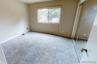 Photo 12: SOUTHWEST ESCONDIDO House for sale : 5 bedrooms : 1038 Via Contenta in Escondido