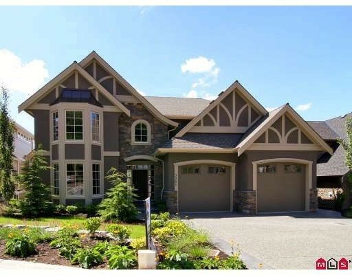 """Main Photo: 3261 BOXWOOD Court in Abbotsford: Abbotsford East House for sale in """"Highlands"""" : MLS®# F2825548"""