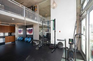 """Photo 7: 305 1540 W 2ND Avenue in Vancouver: False Creek Townhouse for sale in """"WATERFALL"""" (Vancouver West)  : MLS®# R2446615"""