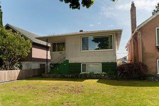 Photo 2: 4236 Pender Street in Burnaby: Home for sale : MLS®# V891144