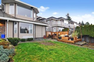 Photo 25: 15374 SEMIAHMOO Avenue: 1/2 Duplex for sale in White Rock: MLS®# R2527208