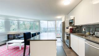 """Photo 4: 404 31 ELLIOT Street in New Westminster: Downtown NW Condo for sale in """"Royal Albert"""" : MLS®# R2535793"""