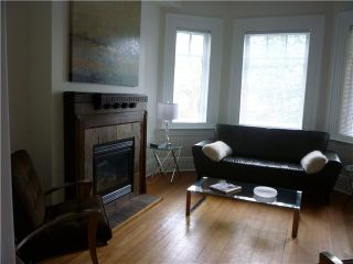 Photo 2: 886 KEEFER Street in Vancouver: Mount Pleasant VE House for sale (Vancouver East)  : MLS®# V835881