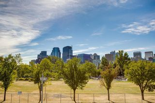 Photo 30: 828 2 Avenue NW in Calgary: Sunnyside Detached for sale : MLS®# A1030672