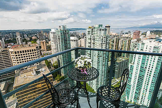 Photo 8: 4404-1189 Melville St in Vancouver: Condo for sale : MLS®# V1143581