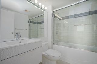 """Photo 9: 1505 2668 ASH Street in Vancouver: Fairview VW Condo for sale in """"CAMBRIDGE GARDENS"""" (Vancouver West)  : MLS®# R2354882"""