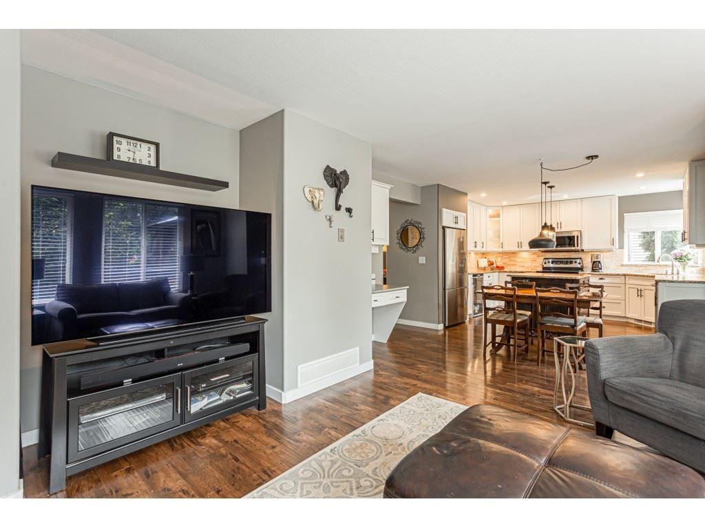 Photo 10: Photos: 11040 238 Street in Maple Ridge: Cottonwood MR House for sale : MLS®# R2468423