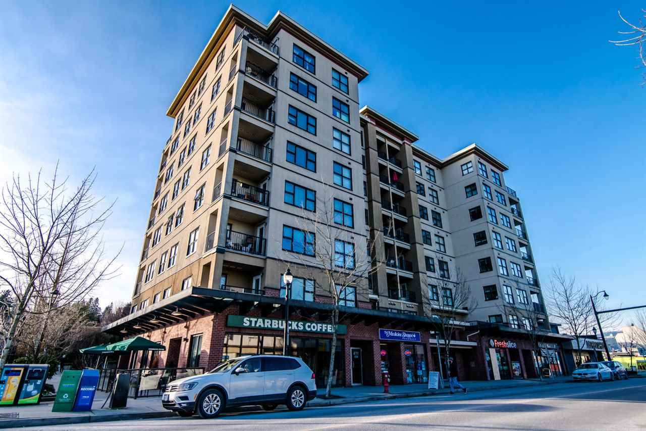 """Main Photo: 204 415 E COLUMBIA Street in New Westminster: Sapperton Condo for sale in """"SAN MARINO"""" : MLS®# R2339383"""