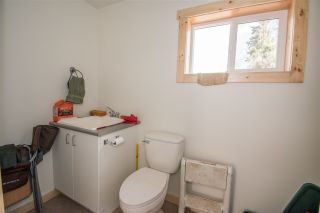 Photo 13: 1905 DAHLIE Road in Smithers: Smithers - Rural Manufactured Home for sale (Smithers And Area (Zone 54))  : MLS®# R2366579