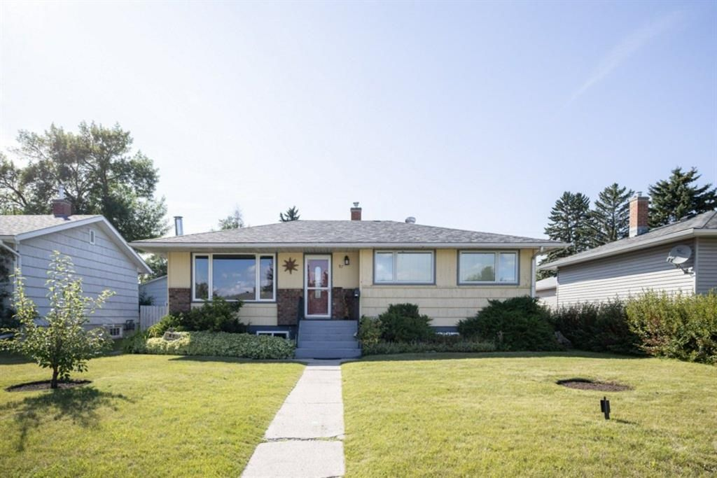 Main Photo: 97 Lynnwood Drive SE in Calgary: Ogden Detached for sale : MLS®# A1141585