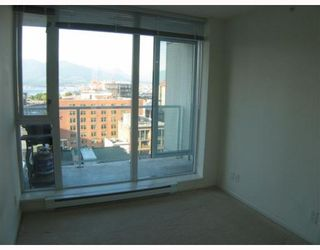 """Photo 8: 1506 550 TAYLOR Street in Vancouver: Downtown VW Condo for sale in """"THE TAYLOR"""" (Vancouver West)  : MLS®# V782558"""