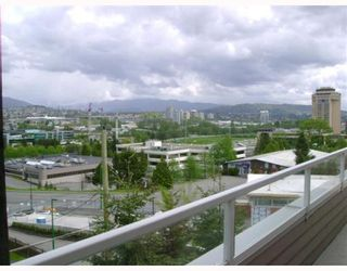 """Photo 1: 403 4181 NORFOLK Street in Burnaby: Central BN Condo for sale in """"NORFOLK PLACE"""" (Burnaby North)  : MLS®# V766544"""