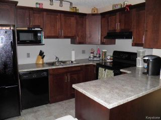 Photo 5: 297 Parkview Street in WINNIPEG: St James Residential for sale (West Winnipeg)  : MLS®# 1510282