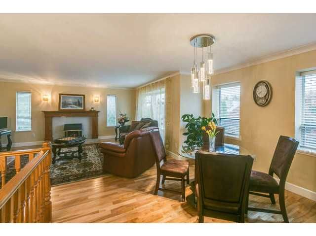 """Photo 7: Photos: 12403 188TH Street in Pitt Meadows: West Meadows House for sale in """"Highland Park Area"""" : MLS®# V1090347"""