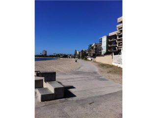 Photo 5: PACIFIC BEACH Condo for sale : 2 bedrooms : 1225 Pacific Beach Drive #4b in San Diego