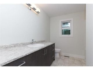 Photo 14: 819 Ashbury Ave in VICTORIA: La Olympic View House for sale (Langford)  : MLS®# 746742