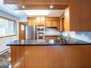 Photo 5: 17 Melville Place SW in Calgary: Mayfair Detached for sale : MLS®# A1083727